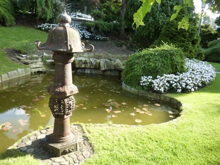 Decoracion de jardines 65 dise os asi ticos cultivadores for Estatuas jardin