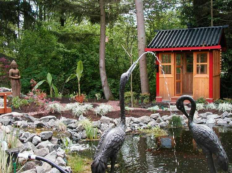 decoracion-jardin-diseno-asiatico-trasero-agua