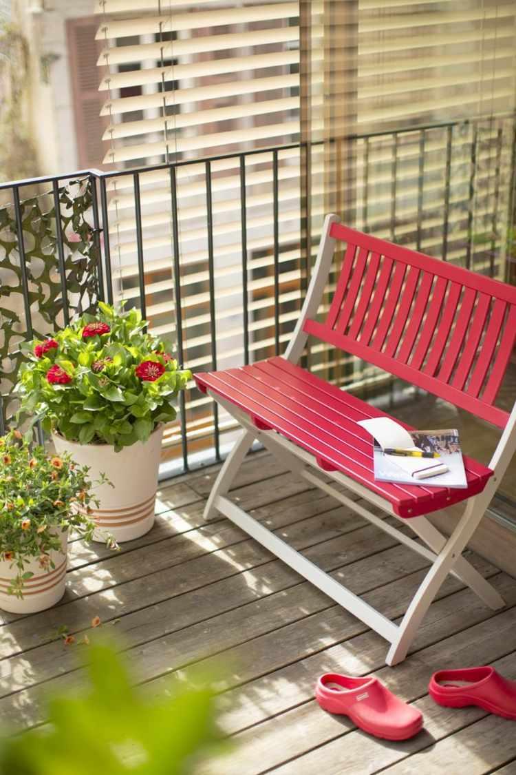 decoracion muebles balcon silla roja ideas
