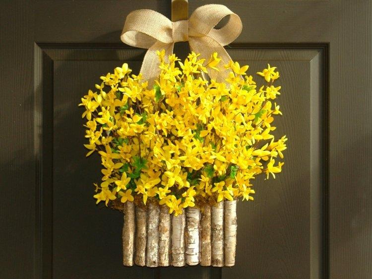 decorar puerta flores primavera