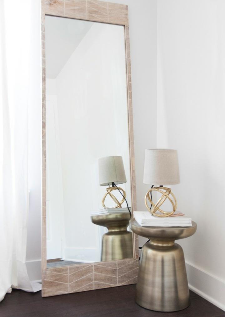 detalles metalicos espejos lamparas esquinas