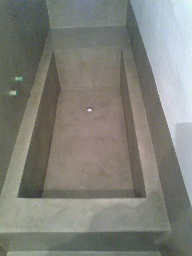 diseño bañera moderna cemento