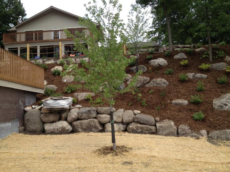 jardines modernos con rocallas