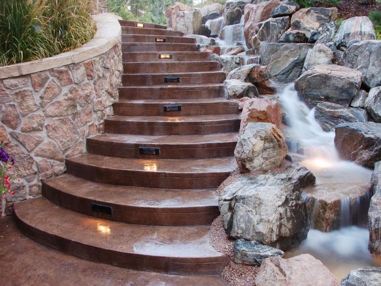 agua jardin moderno escaleras caida agua ideas