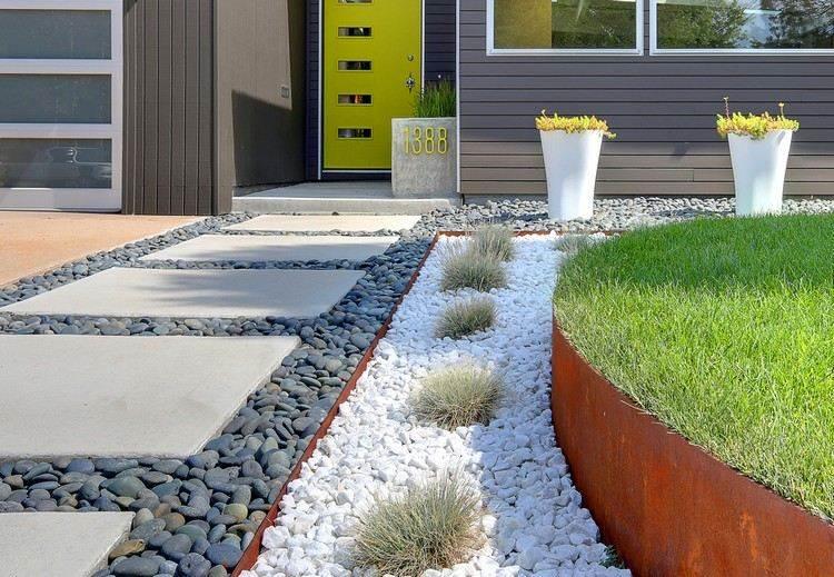 entradas jardines colores rocas gravas metales