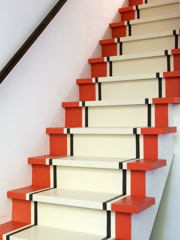 escaleras de interior blanco naranja ideas