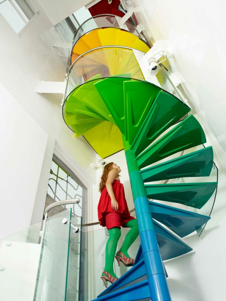 escaleras de interior colores arcoiris ideas