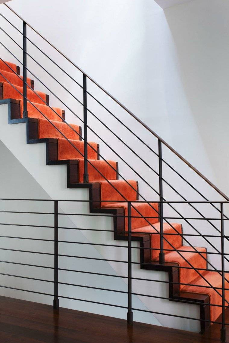 escaleras naranja alfombra opciones ideas