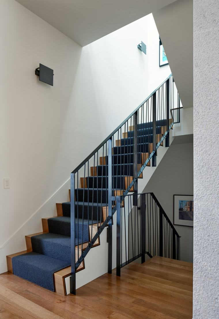 escaleras opciones casa moderna alfombra azul ideas