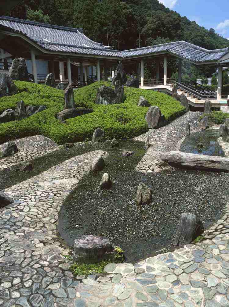 estanques jardin piedras cesped diseno original ideas