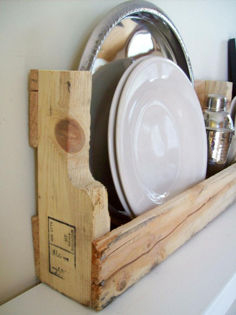 estante platos madera cocina