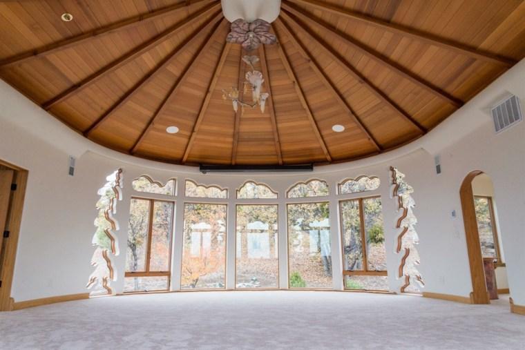 estupendo dieño cúpula madera