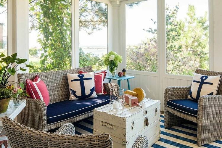 Salones y terrazas acristaladas de estilo playero 61 for Decorar terraza acristalada