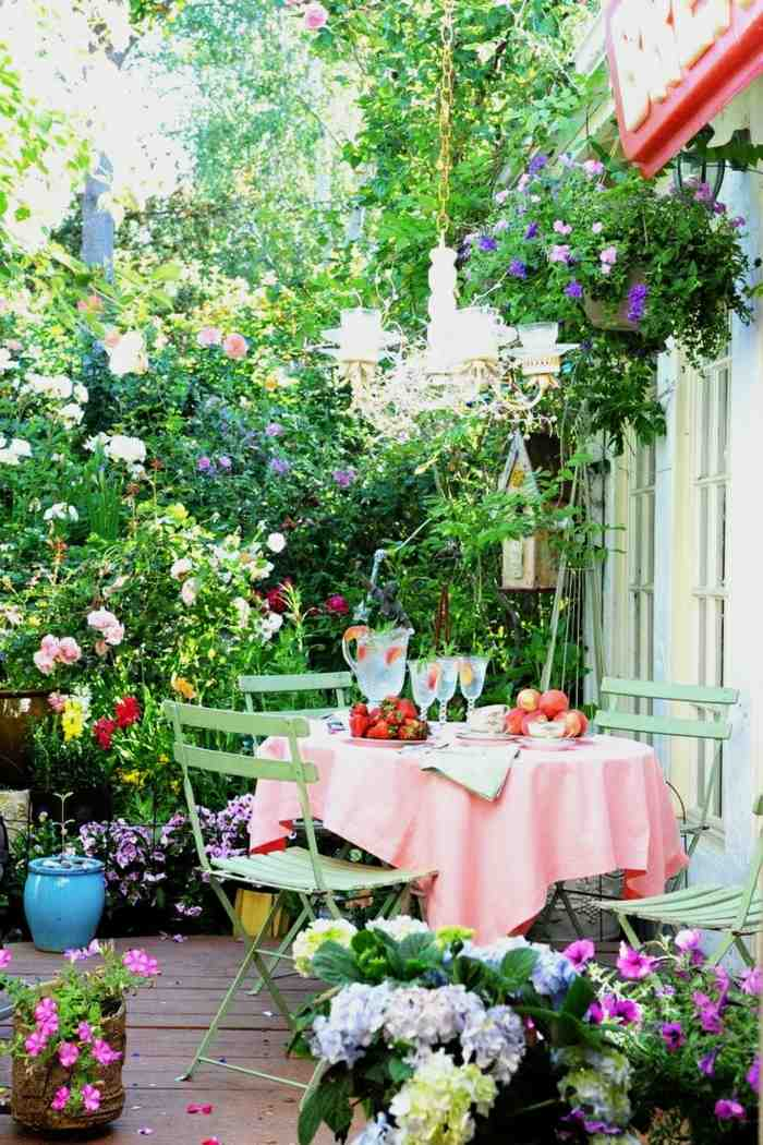 frondosos patio colores estantes lineas
