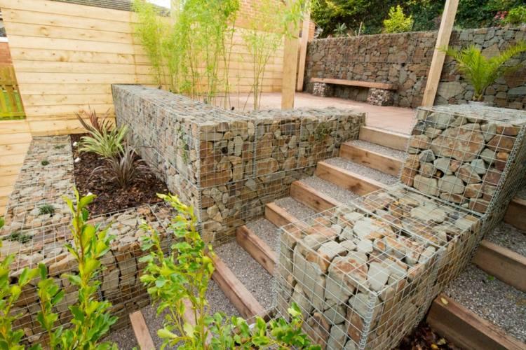 Jardines modernos con terrazas y gradas 50 dise os for Poner piedras en el jardin
