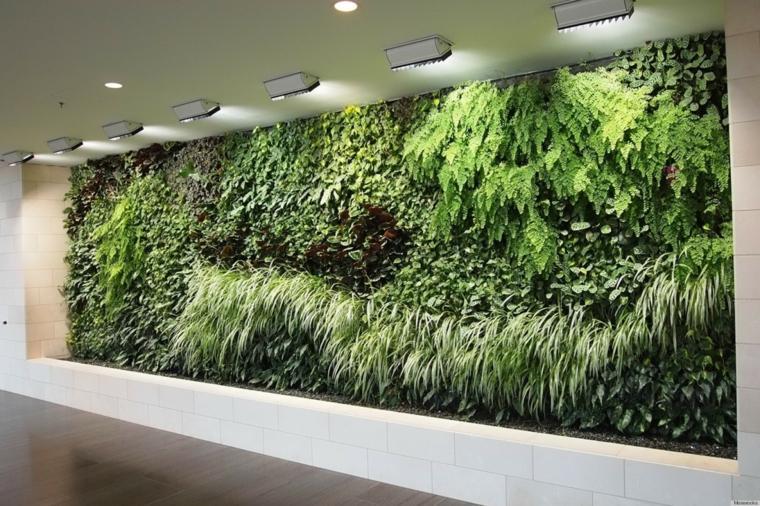 interior pasillo jardin vertical verde