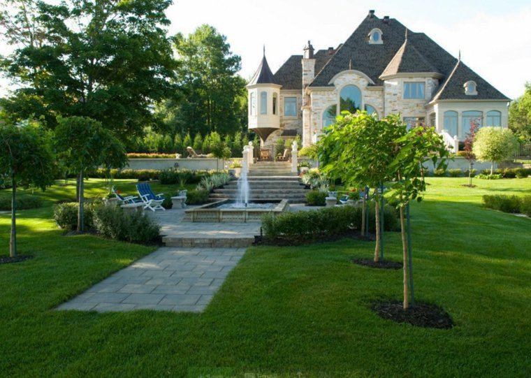 jardin clasico fuente sillones jardin cesped ideas
