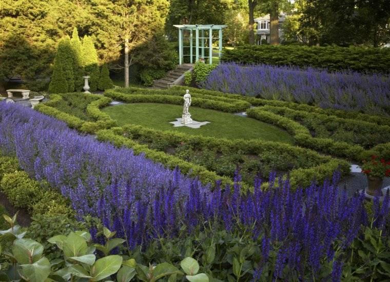 jardin clasico lavanda aromas pergola ideas