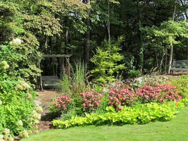 jardin columpio madera flores cesped rustico ideas