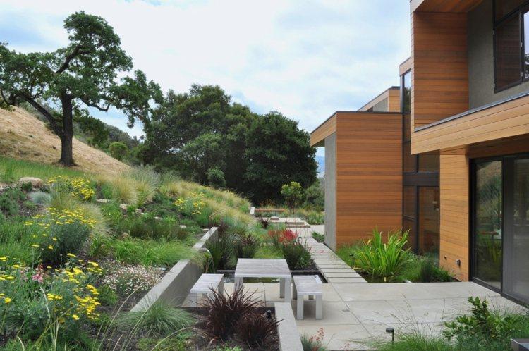 jardin monte muros contencion diseño