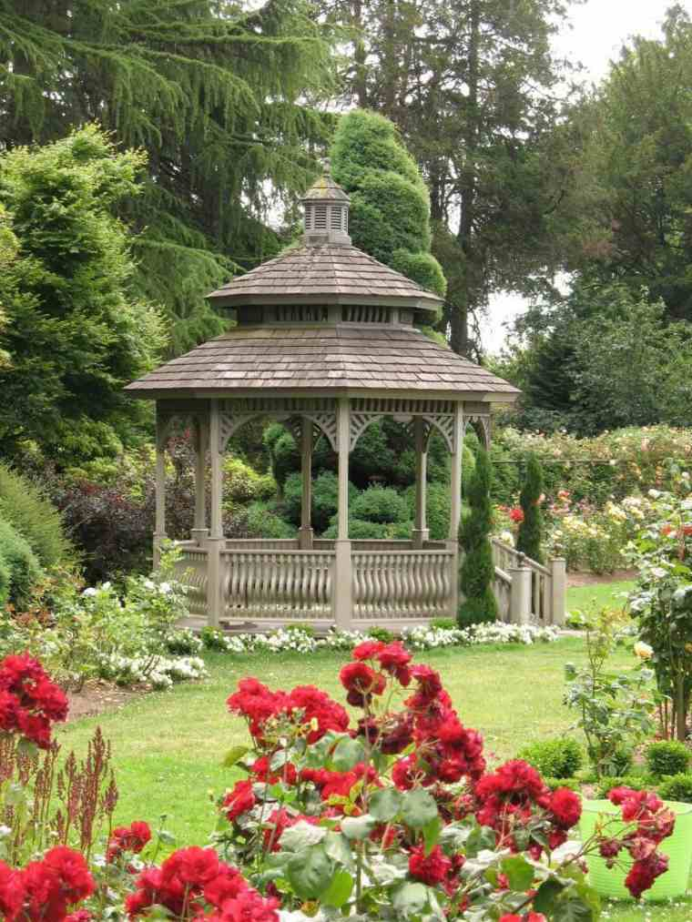 jardin rustico gazebo ceped flores ideas