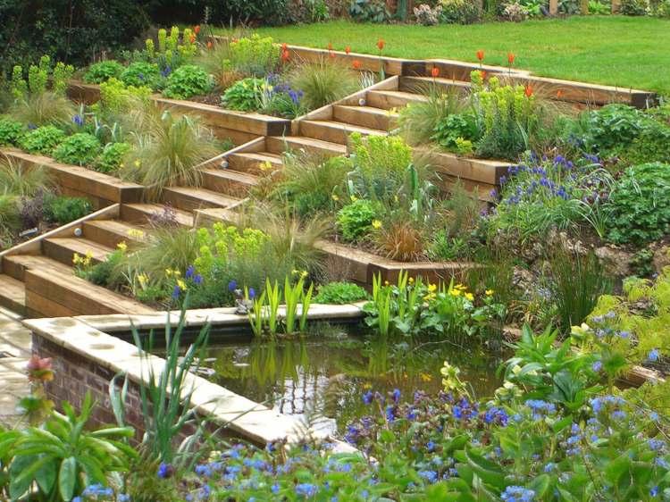 jardines aterrazados gradas madera escaleras