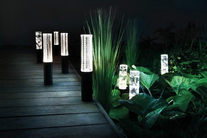 jardines luminarias colores muestras sillones columnas
