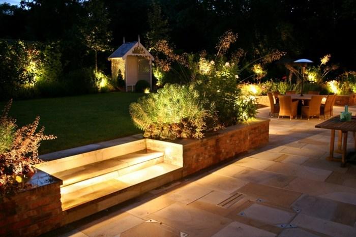 jardines luminarias puentes salidas escalones