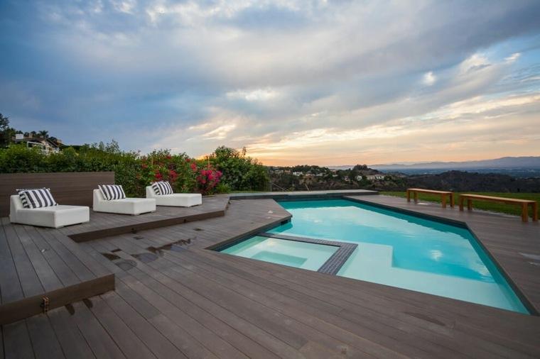 jardines modernos con piscina residencia suelo madera ideas
