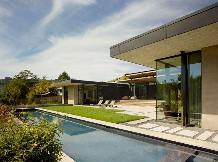 jardines modernos piscina larga estrecha ideas