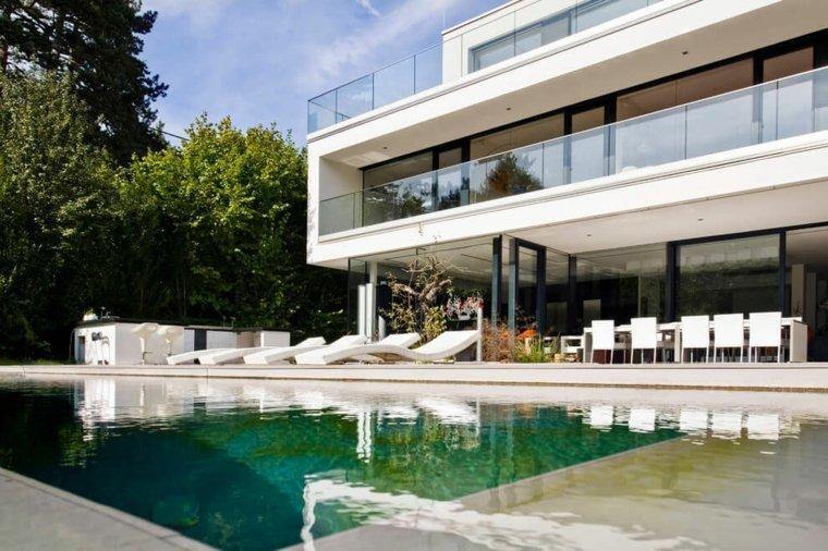 jardines modernos piscina muebles blancos ideas