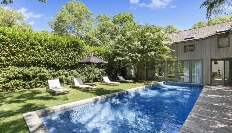 jardines modernos piscina valla arbustos ideas