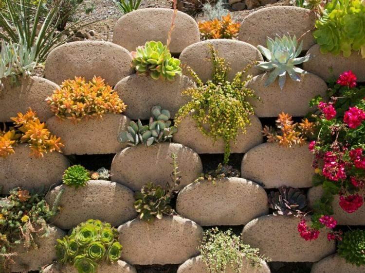 Hormig n en bloques de contenci n llamados verdura - Construir con bloques de hormigon ...
