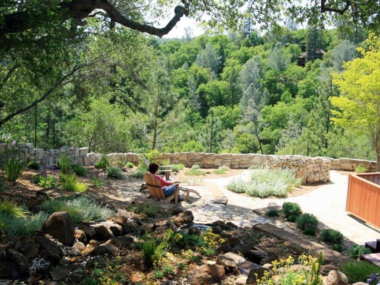 jardines rusticos amplios muralla suelo piedras ideas