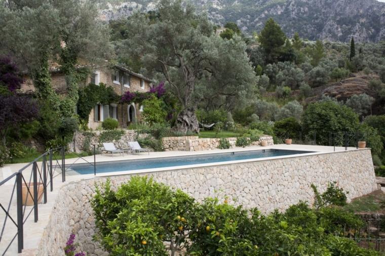 jardines rusticos disenados piscina finaca UXUS ideas