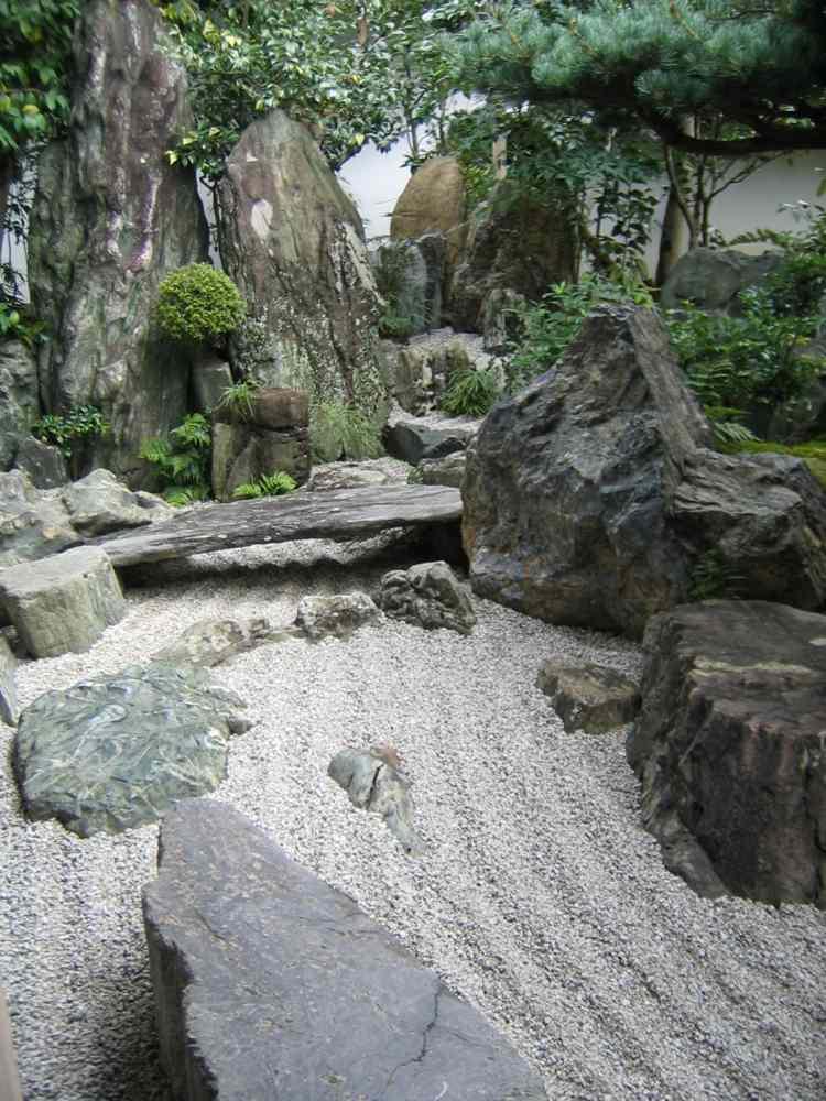 jardin piedras rocas grava