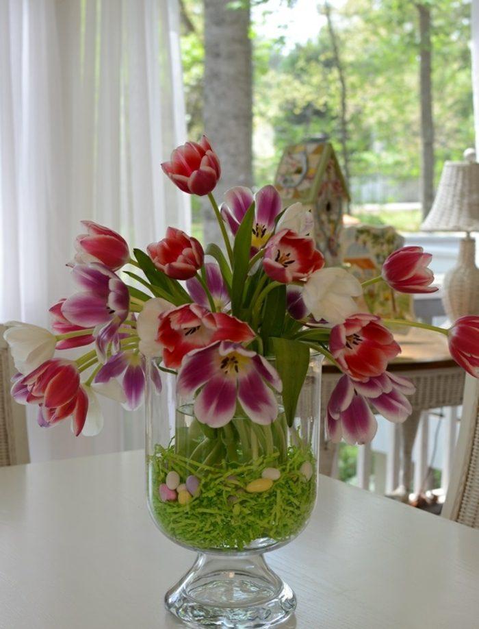 jarron cristal hierba falsa tulipanes ideas