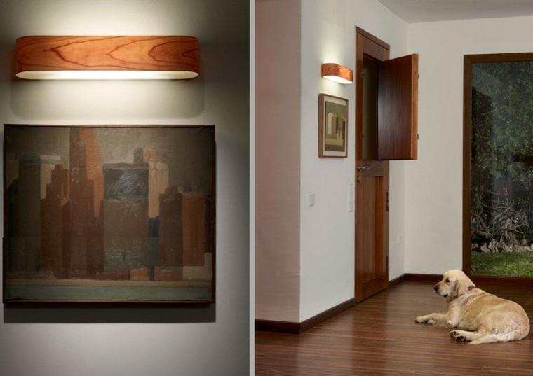 Lamparas de pared 50 dise os naturales de madera - Iluminacion para cuadros ...