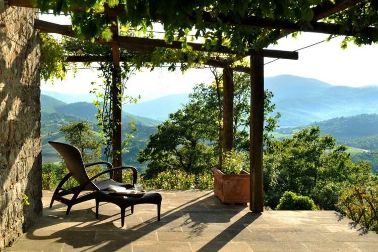 lujosa terraza estilo italiano