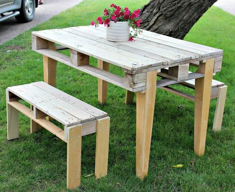 Decoracion con palets ideas para muebles de dise o casero - Mesas hechas con palets de madera ...