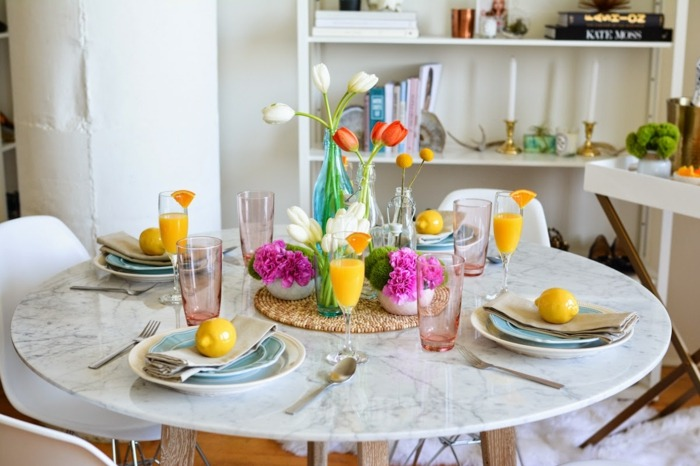 mesa comedor jarrones tulipanes diseno primavera ideas