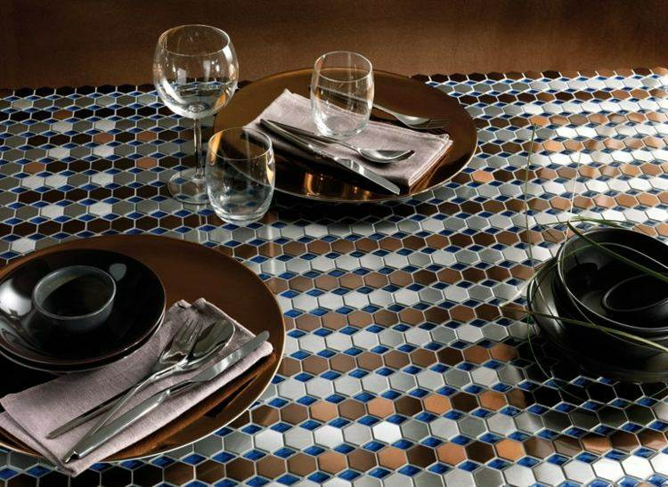 mesa decoración mosaicos colores