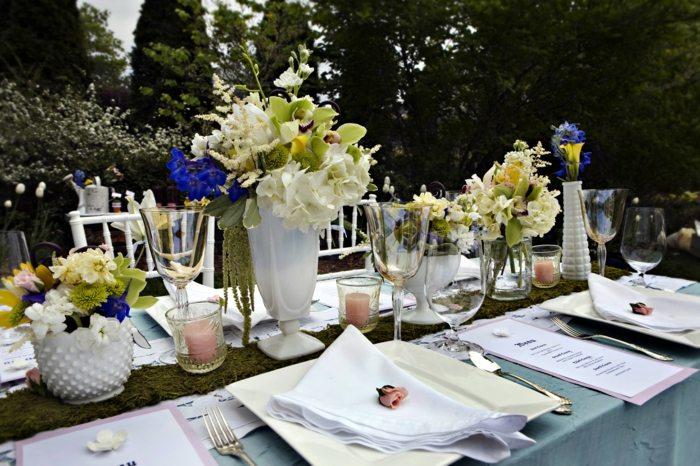 mesa dulce centro primavera flores jarrones blancos ideas