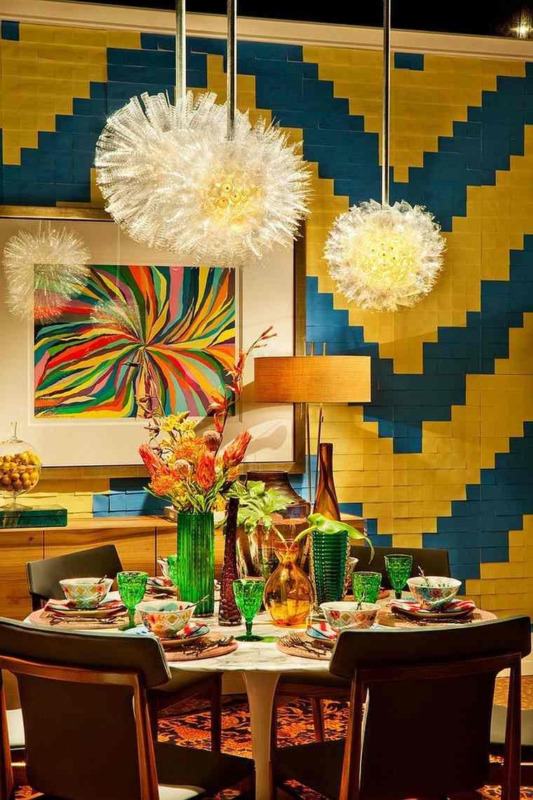 mezcla-de-colores-vivos-comedor-amarillo-azul