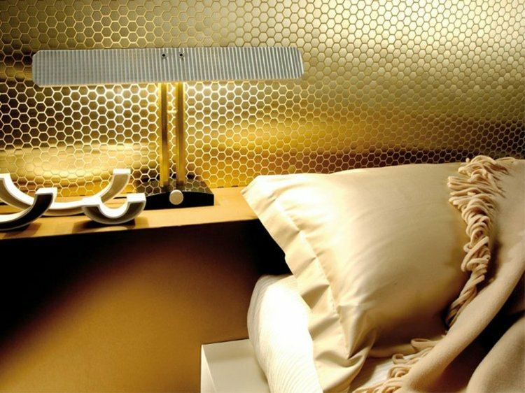 mosaico habitación color dorado