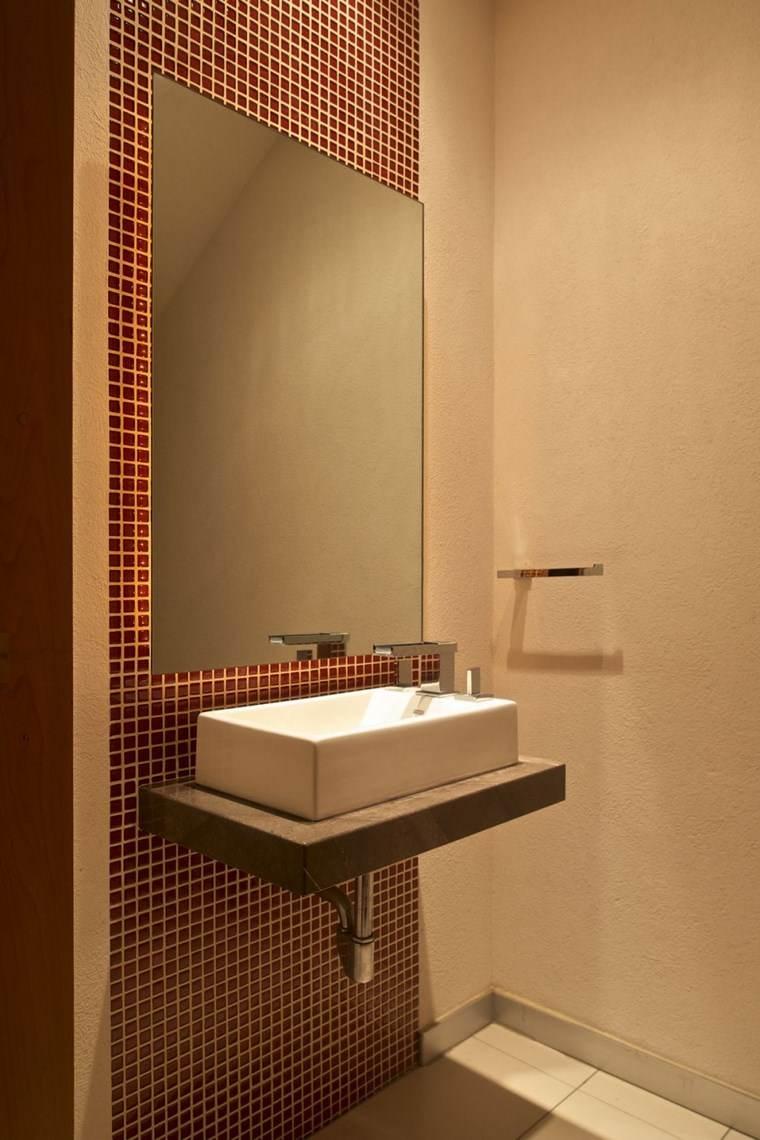 mosaicos bano moderno diseno color rojo ideas