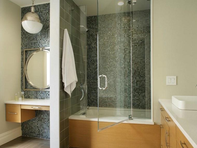 Mosaicos 115 dise os de ba os atractivos y coloridos - Espejo redondo bano ...