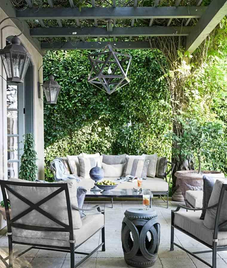 muebles acero gris terraza mesitas macetas ideas