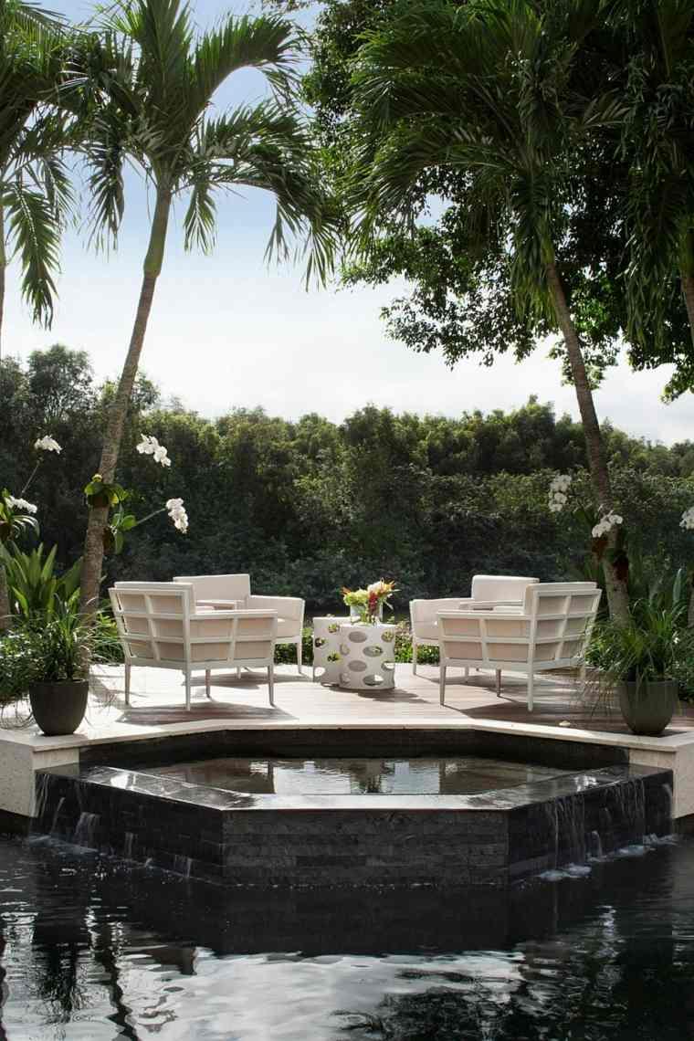 muebles blanco al lado piscina ideas