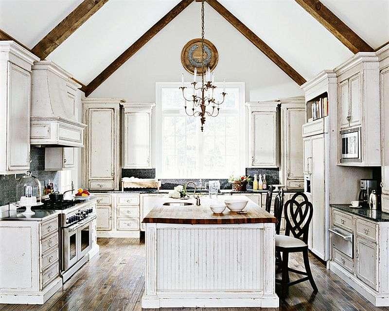 muebles desgastados color blanco